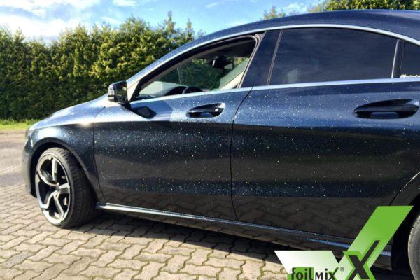 Mercedes mit Folie beklebt